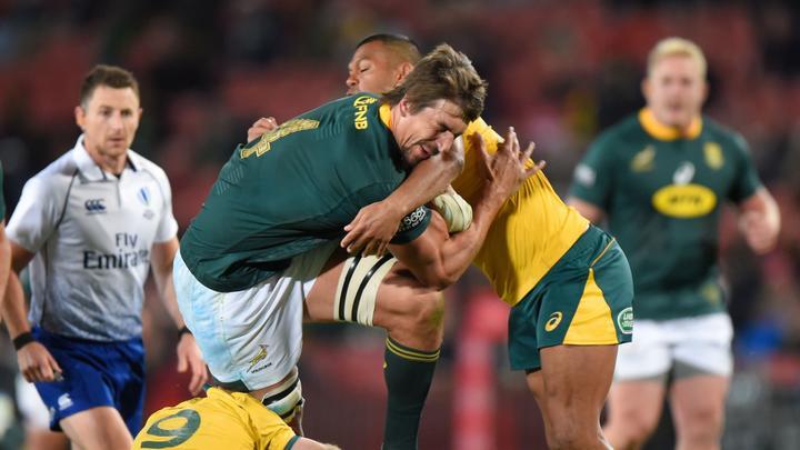 Wêreld Rugby kyk na besluitneming vir 'n rooi- of geelkaart met hoë duikslae.